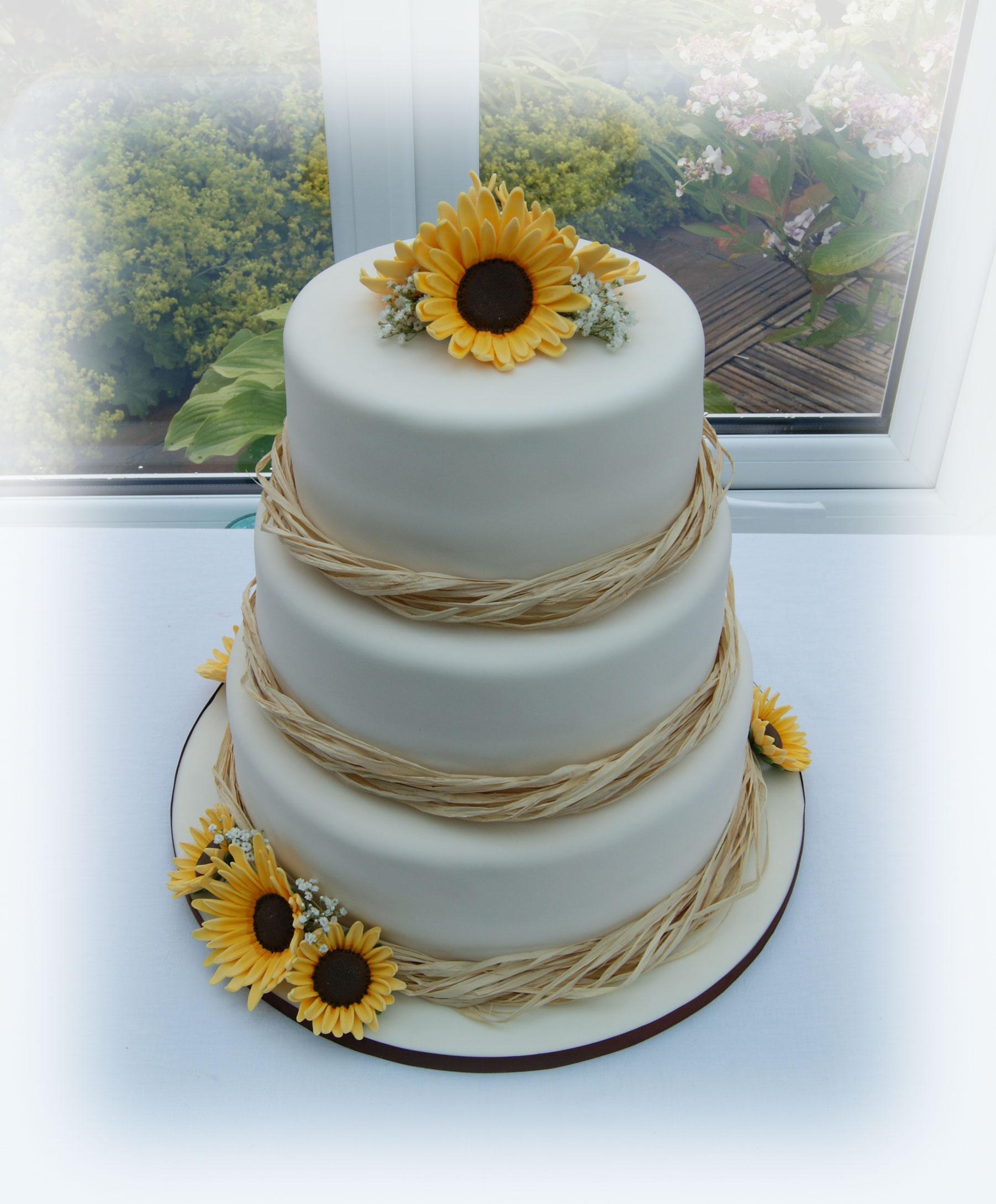 sunflower wedding cake bakealous. Black Bedroom Furniture Sets. Home Design Ideas