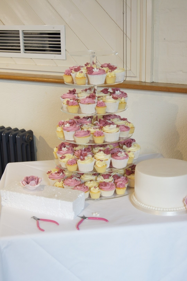 Dusky Pink Wedding Cake With 160 Cupcakes Bakealous