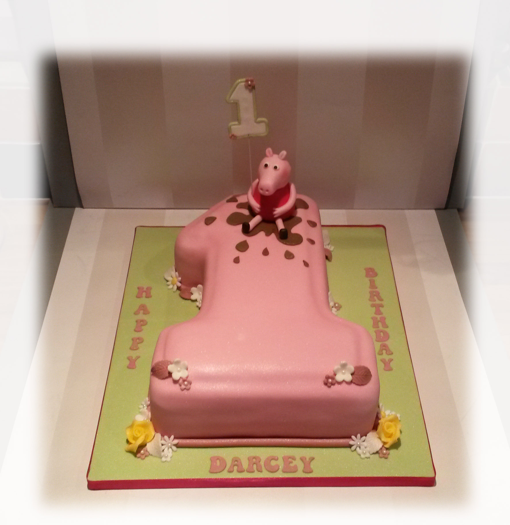 Incredible Peppa Pig Number One Birthday Cake Bakealous Personalised Birthday Cards Paralily Jamesorg
