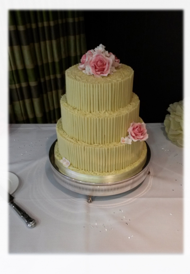 white-chocolate-cigarello-3-tier-wedding-cake(1)