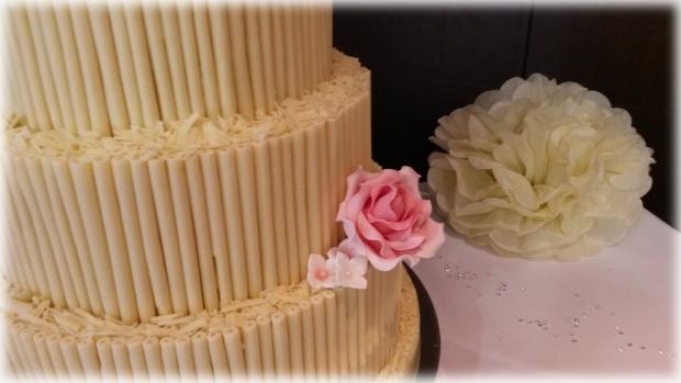 white-chocolate-cigarello-3-tier-wedding-cake(4)