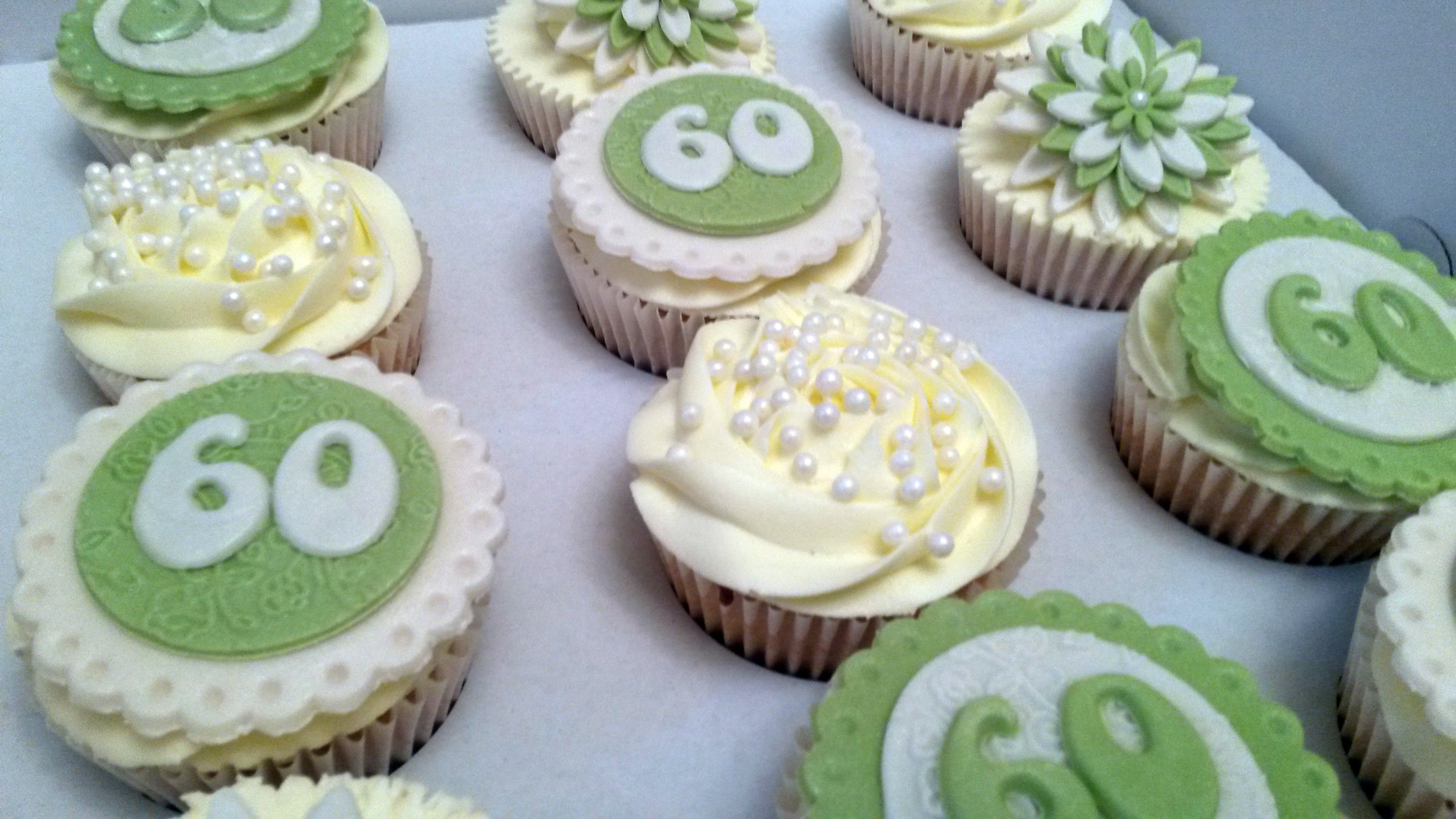 60th Birthday Green Cupcakes Bakealous