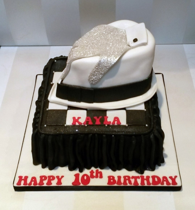 Michael Jackson Hat And Glove Birthday Cake Image