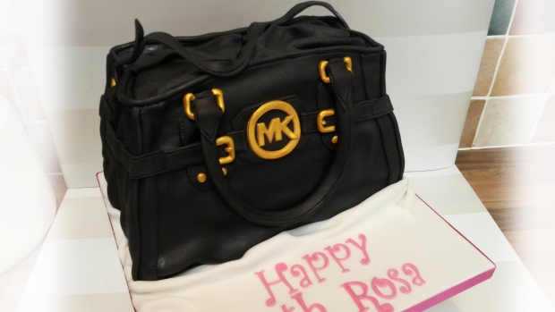 michael-kors-handbag-cake-25th-birthday-1