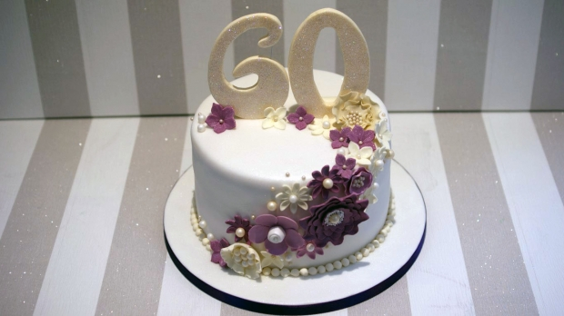 diamond-wedding-anniversary-cake (1)