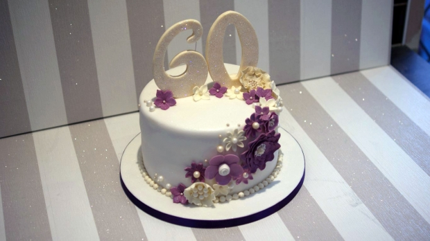 diamond-wedding-anniversary-cake (4)