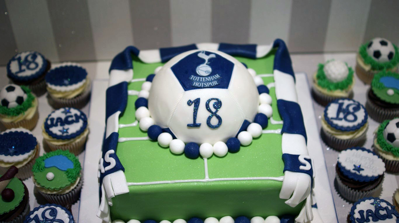 Tottenham Wedding Cake