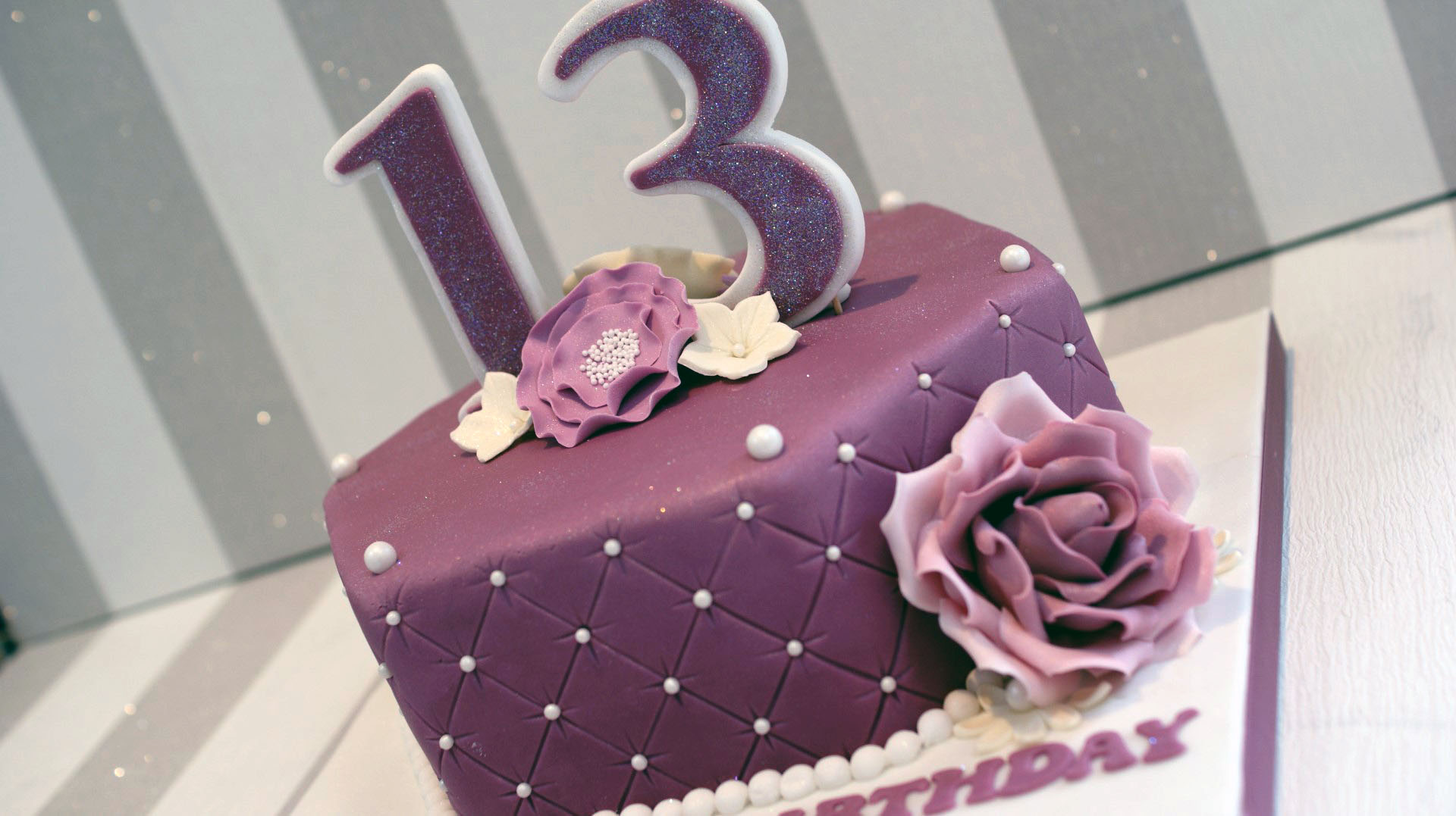 Best 13 Year Old Girl Birthday Cake From Pretty 13th Bakealous Source Image