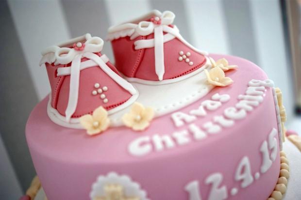 Bootie-Christening-cake (4)