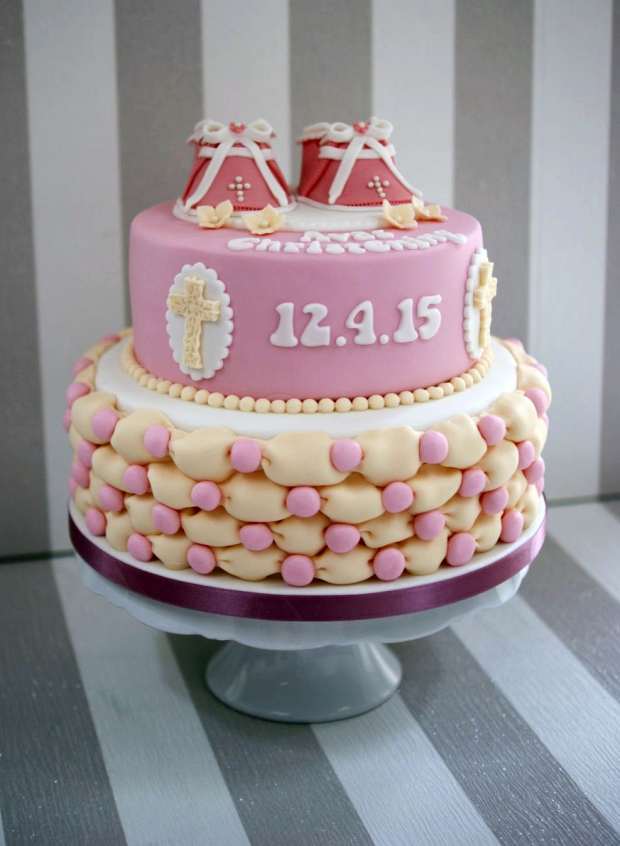 Bootie-Christening-cake (5)