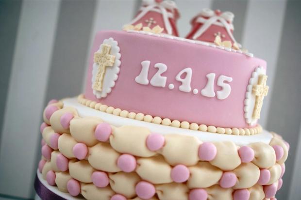 Bootie-Christening-cake (7)