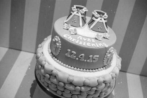 Bootie-Christening-cake (8)