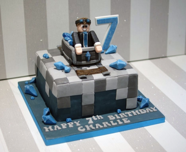 Diamond Minecraft 7th Birthday Cake Bakealous