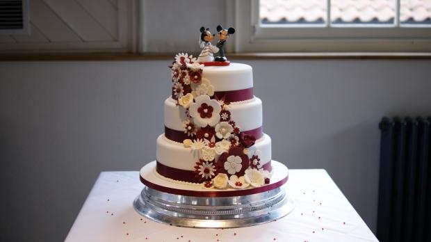 disney-3-tier-wedding-cake-draped-floral-design (18)