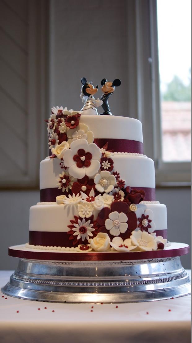 disney-3-tier-wedding-cake-draped-floral-design (21)