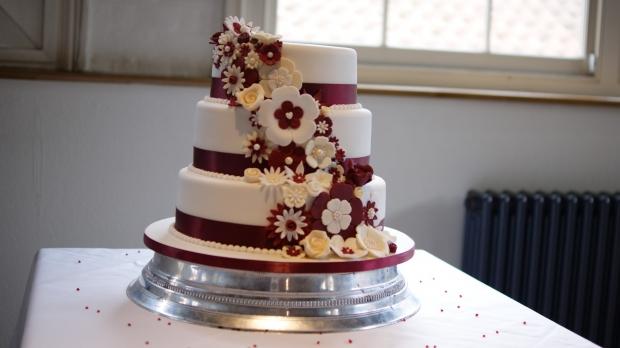 disney-3-tier-wedding-cake-draped-floral-design (3)