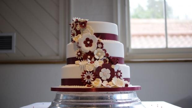 disney-3-tier-wedding-cake-draped-floral-design (7)