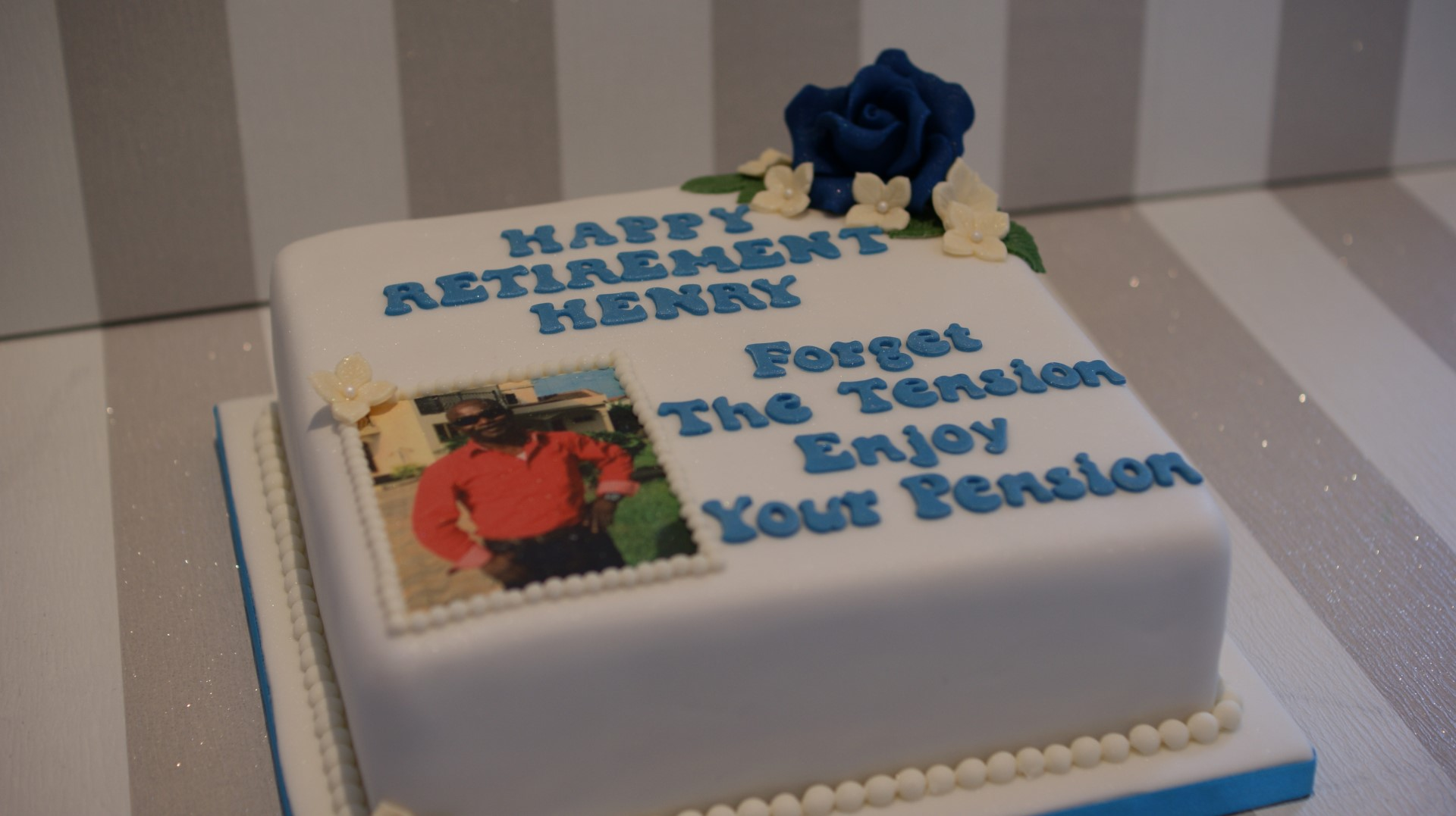 Personalised Birthday Cake With Photograph Forget The Tension Enjoy Your Pension 1