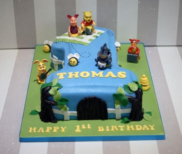winnie-the-pooh-number-one-birthday-cake (2)