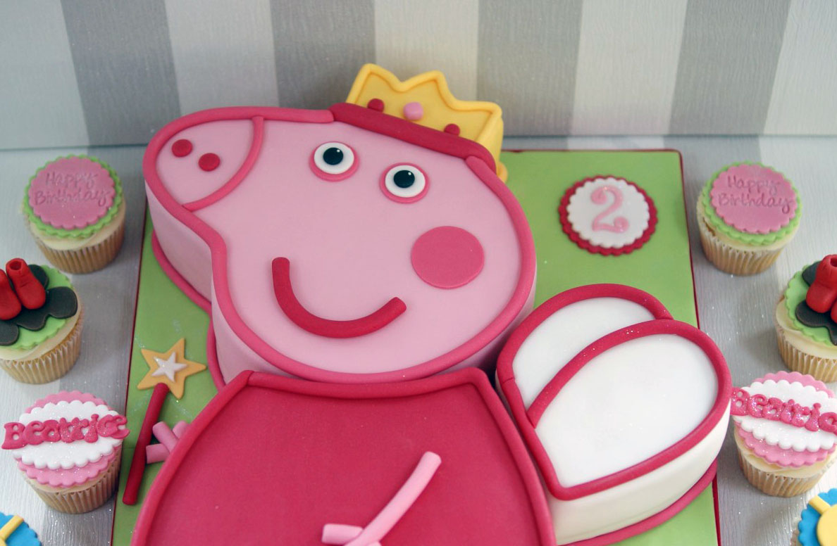 Peppa Pig 2nd Birthday Cake And Cupcakes