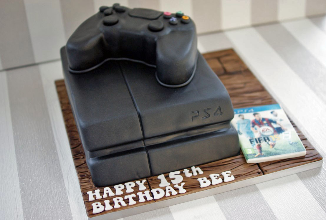 Playstation 4 Birthday Cake Gallery