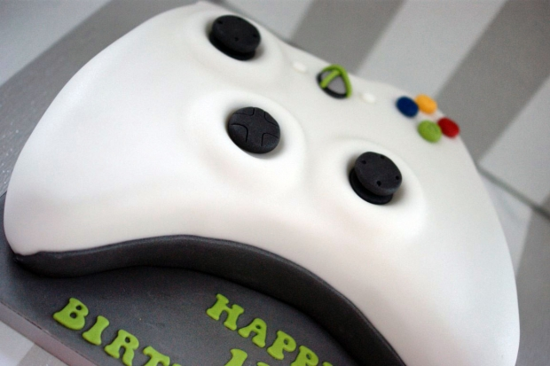 x-box-controller-birthday-cake (5)