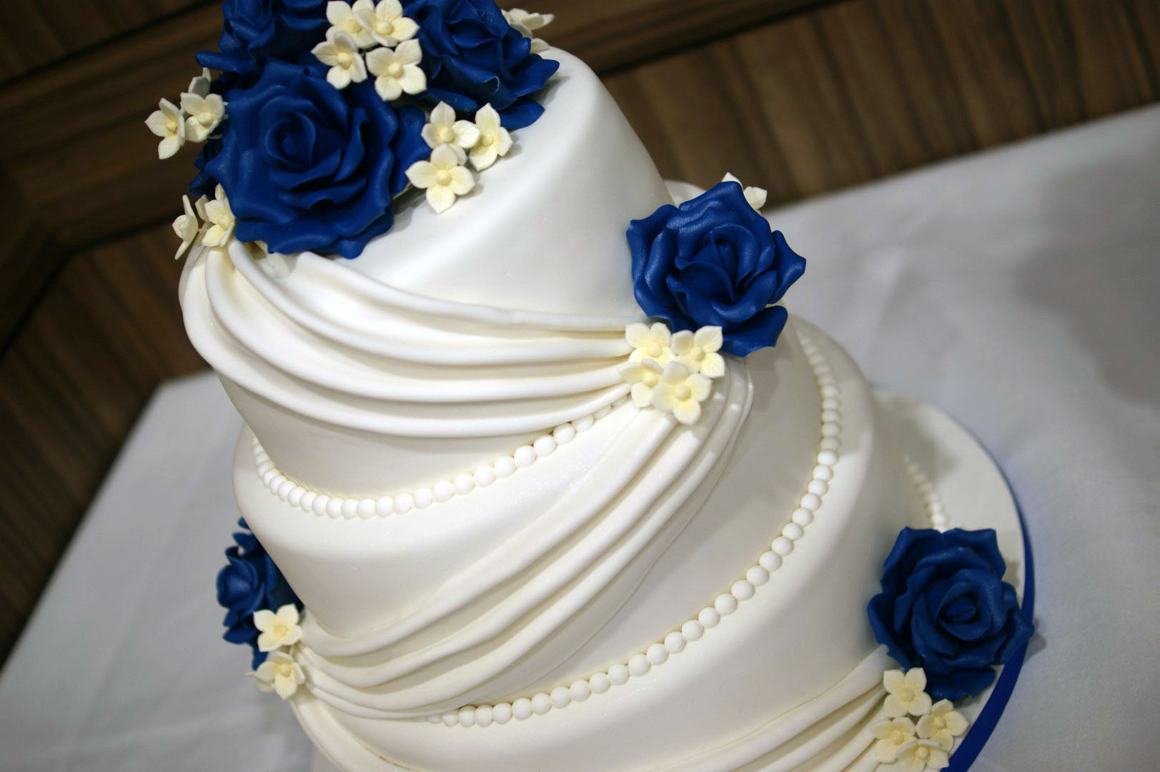 Tier Wedding Cake With Swags