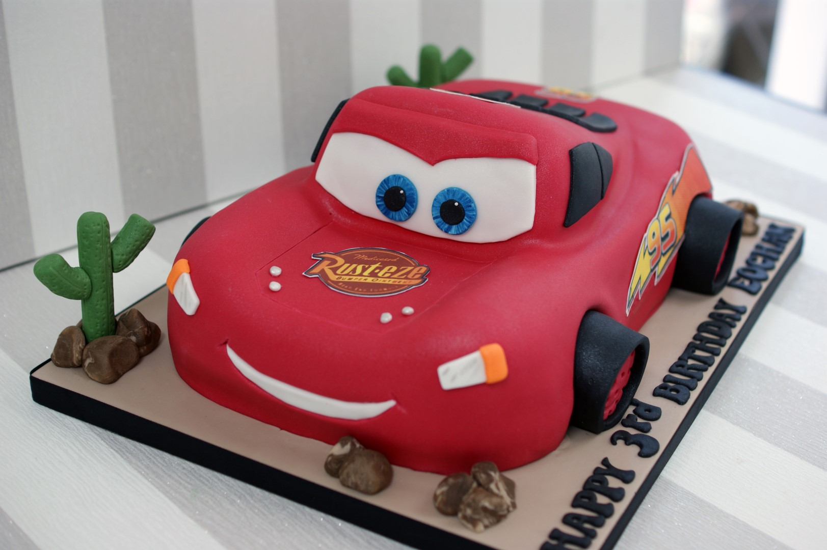 Outstanding 3D Lightning Mcqueen Car Birthday Cake 3 Large Bakealous Personalised Birthday Cards Cominlily Jamesorg