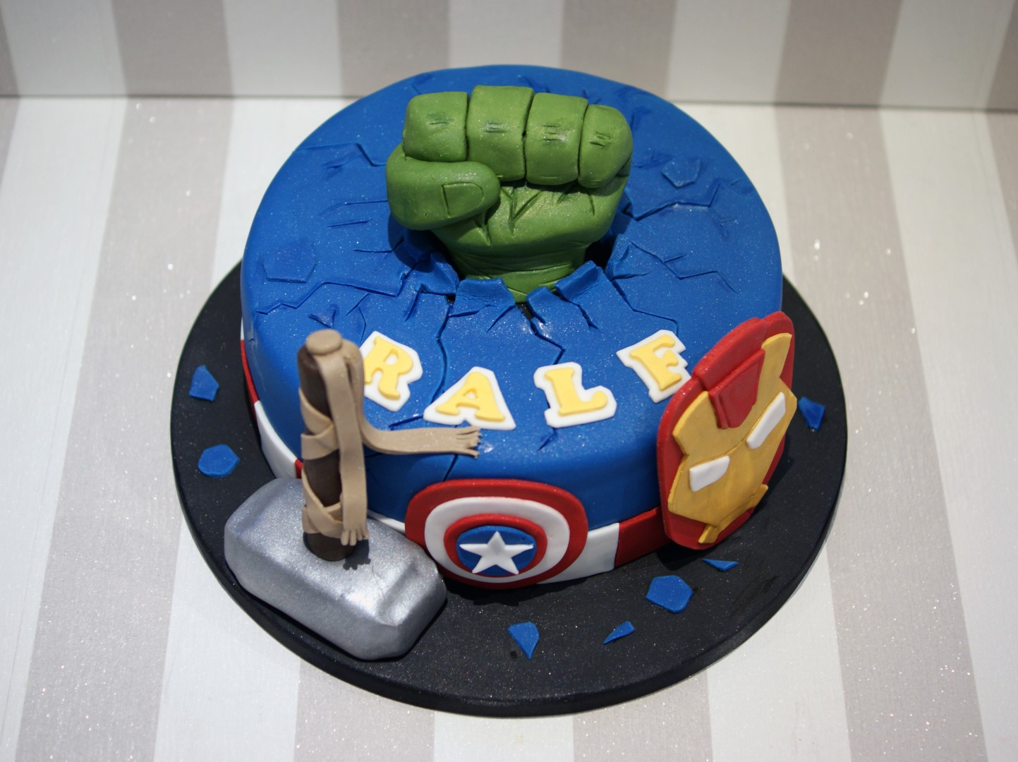 birthday cakes avengers themed birthday cake posted 2 years ago by ...