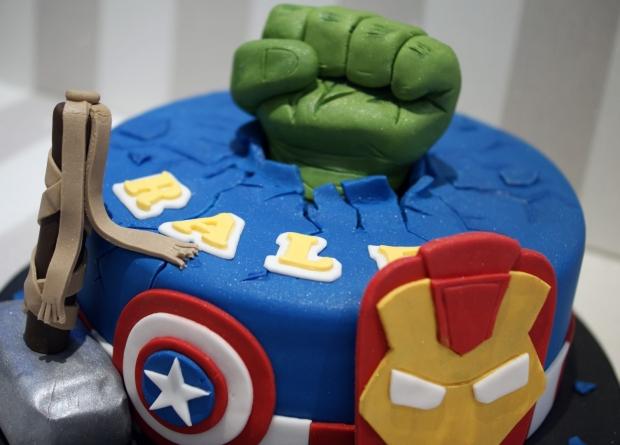 avengers-birthday-cake (4)