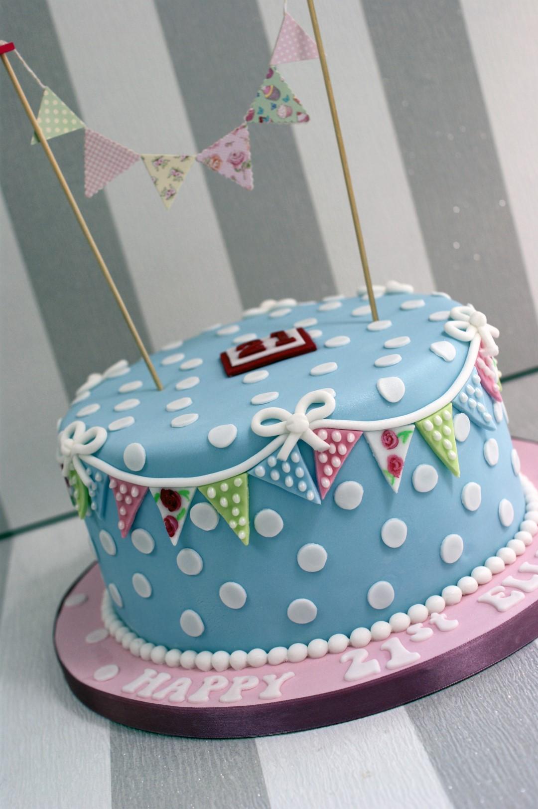 Cupcakes St Birthday Cake