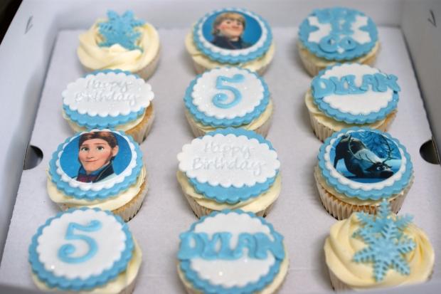 olaf-disney-frozen-5th-birthday-cake (1) (Large)
