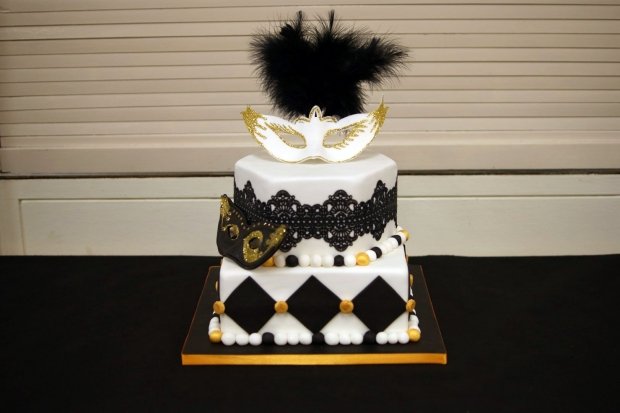 masquerade-birthday-cake (2)