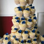 royal-blue-flower-stamp-3-tier-wedding-cake (2)