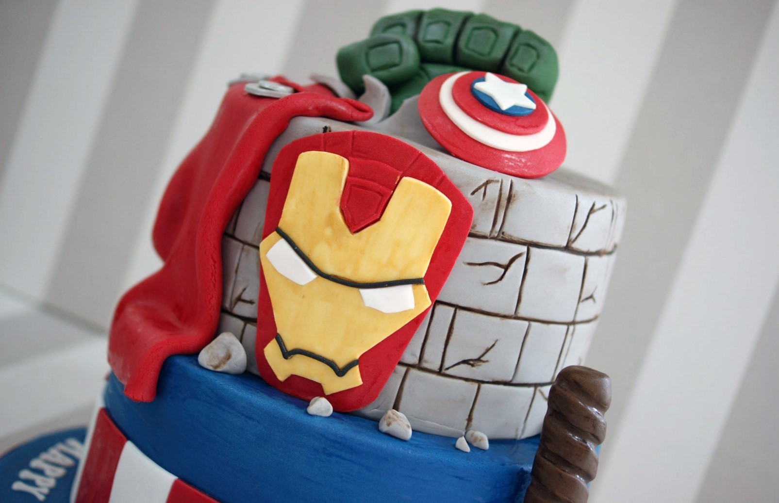 Iron Man Cake Design