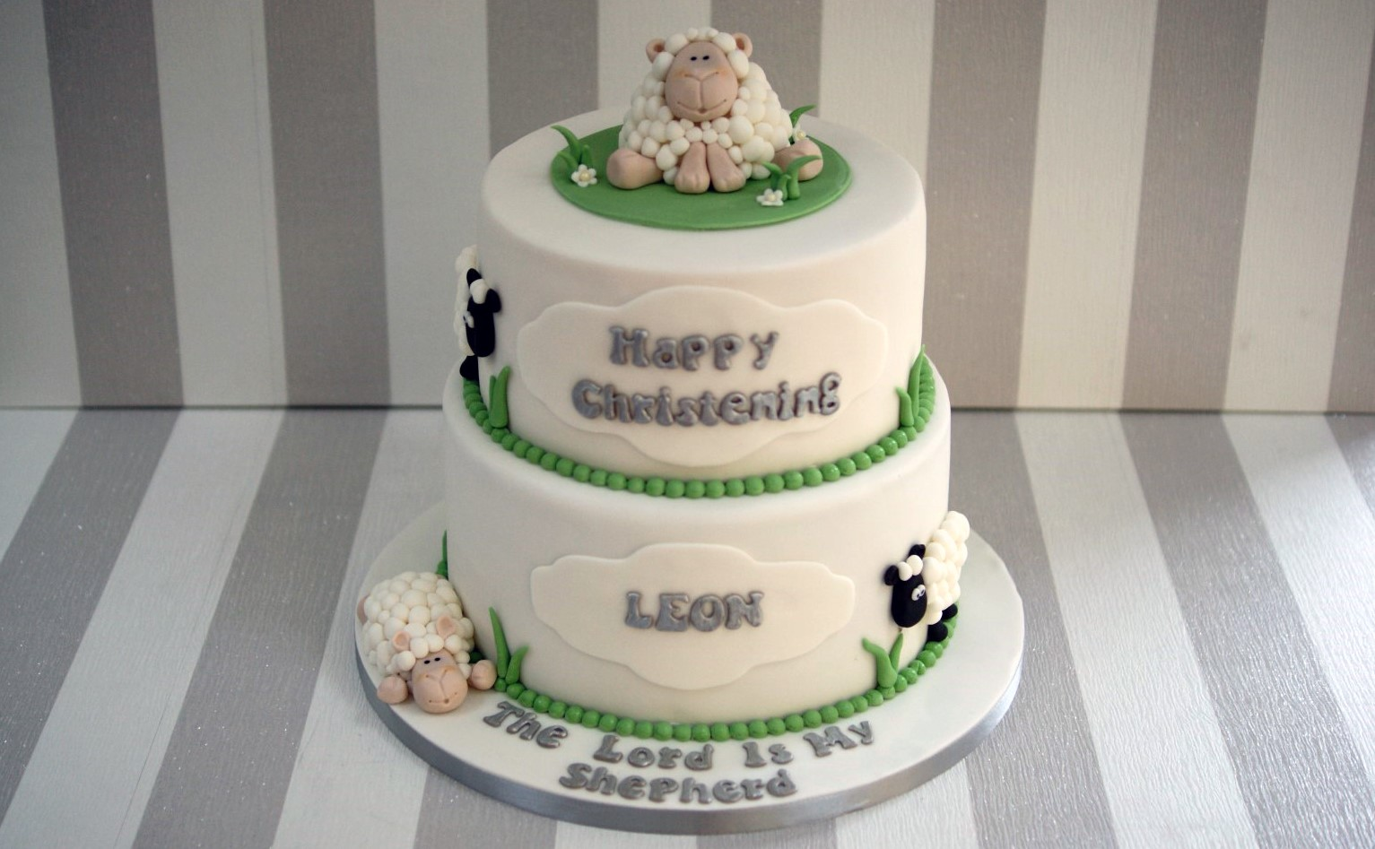 Cake Decorations For Christening Cakes