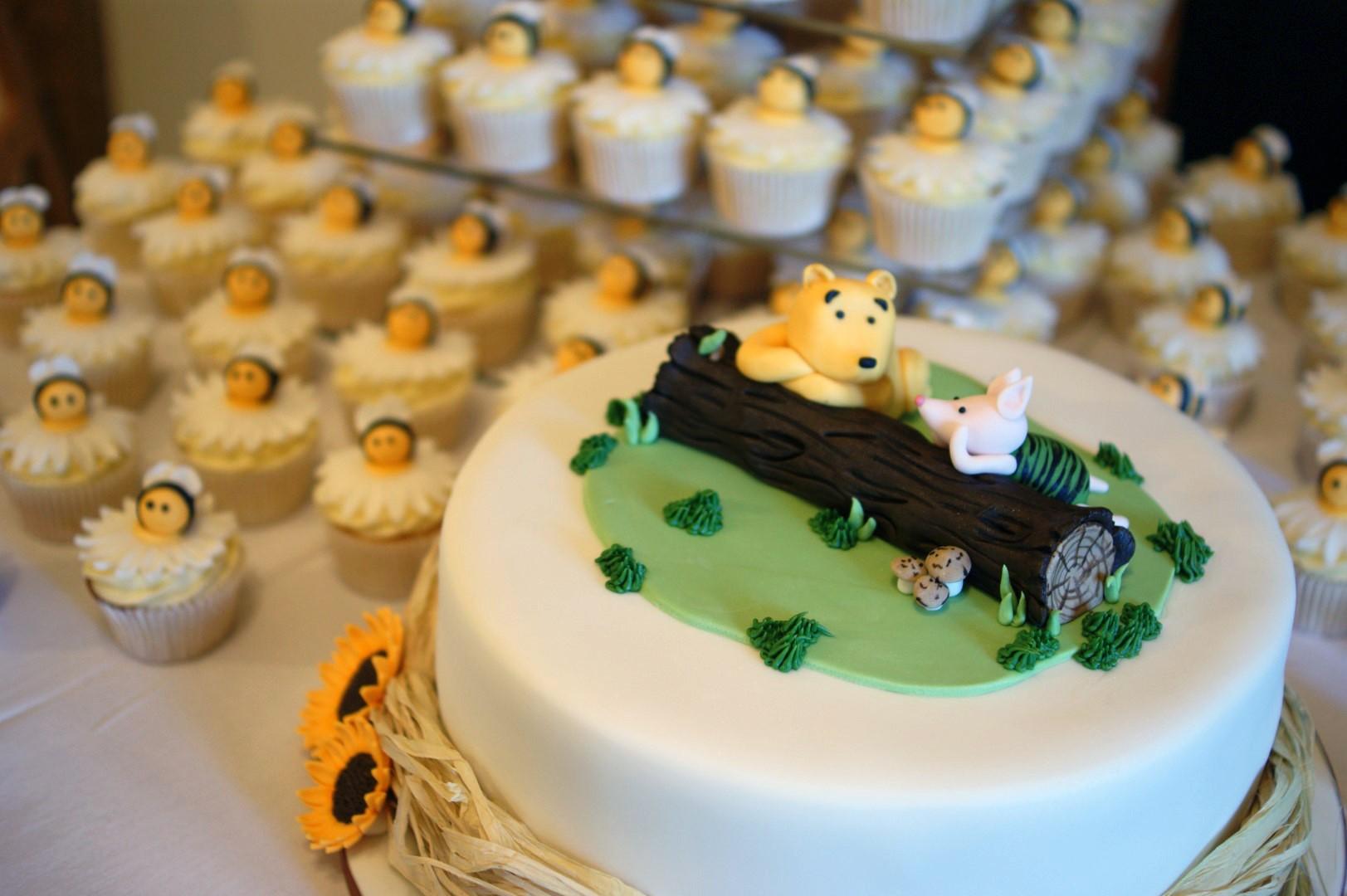 Winnie The Pooh Wedding Cake with Cupcakes - Bakealous