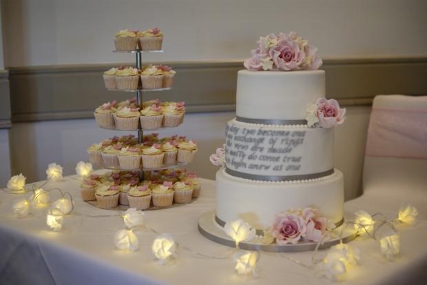the-poem-wedding-cake (8)