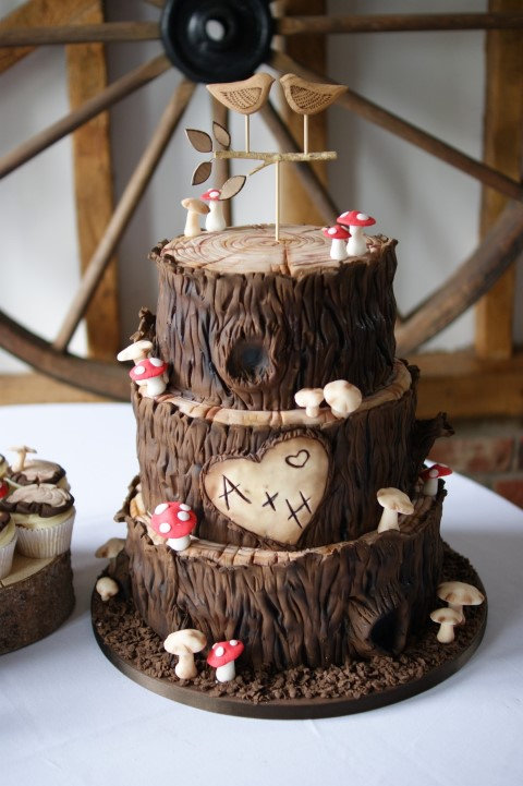 Woodland Wedding Cake Bakealous