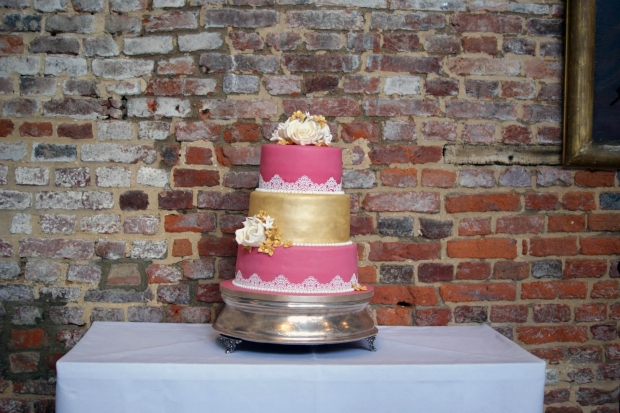 3-tier-pink-and-gold-lace-wedding-cake (10)