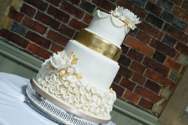 4-tier-gold-wedding-cake (4)