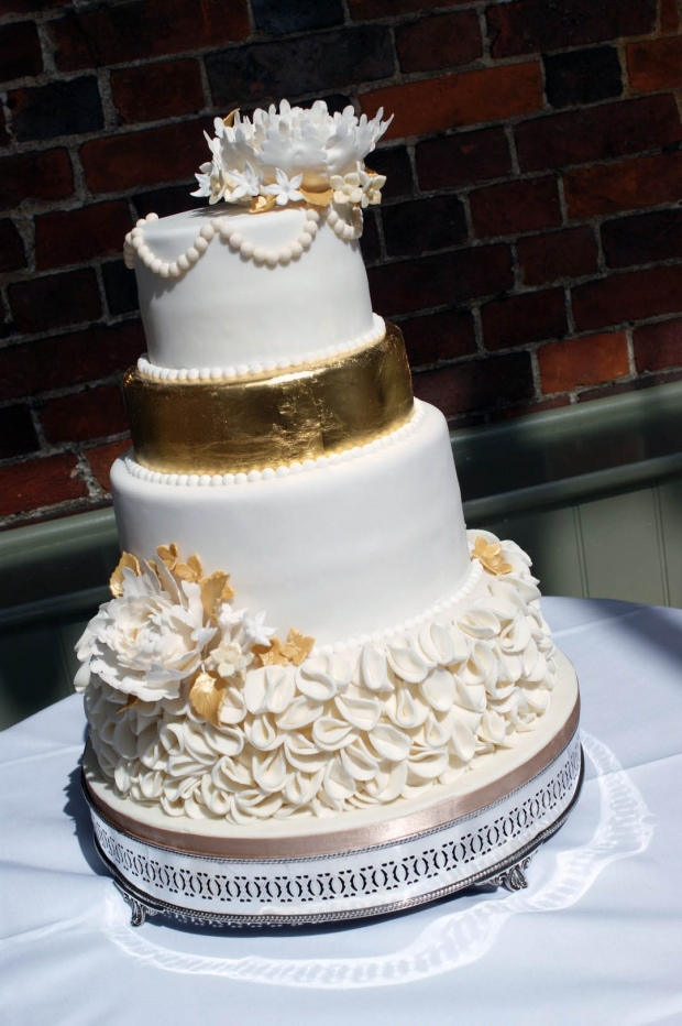 4 tier wedding cake recipe 4 tier gold peony wedding cake bakealous 10403