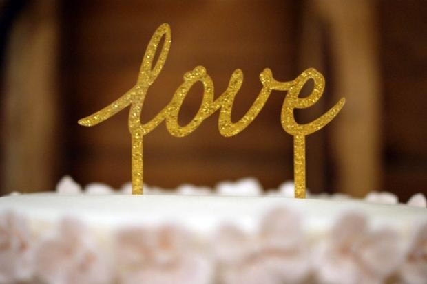 graduation-hydrangea-wedding-cake-9-medium