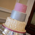 3 tier wedding cake to feed 150 silver and pink wedding cake bakealous 10337