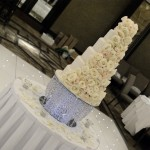 6-tier-wedding-cake-white-iced-fresh-white-roses-15