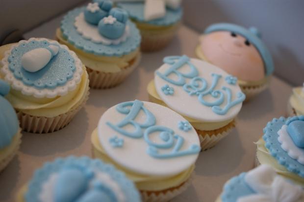 baby-boy-cupcakes-2