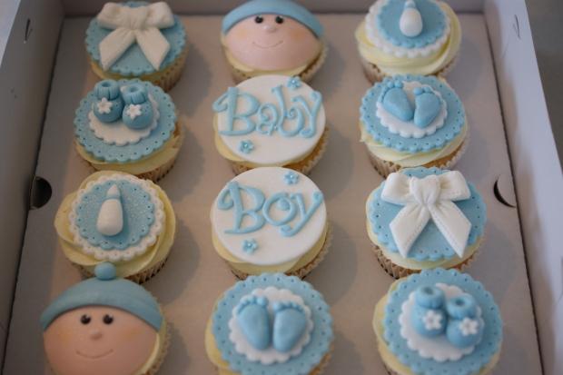 baby-boy-cupcakes-3