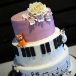 cake-and-musical-wedding-cake-3