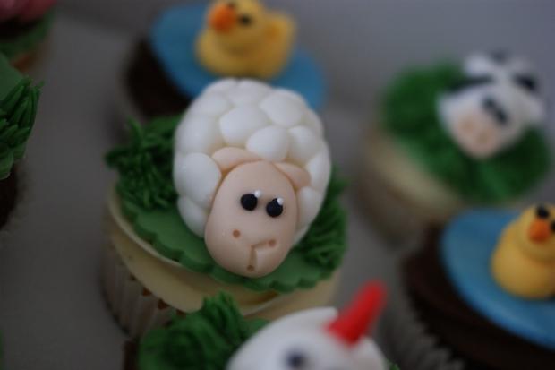 farmyard-cupcakes-5
