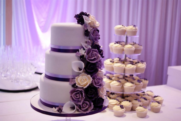 purple-rose-cascade-wedding-cake-1